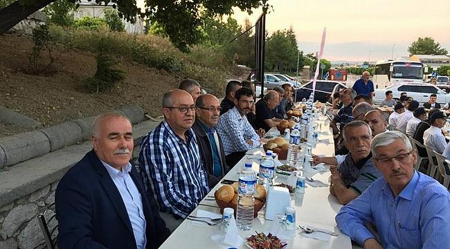 SANAYİ ESNAFI İFTARDA BİR ARAYA GELDİ
