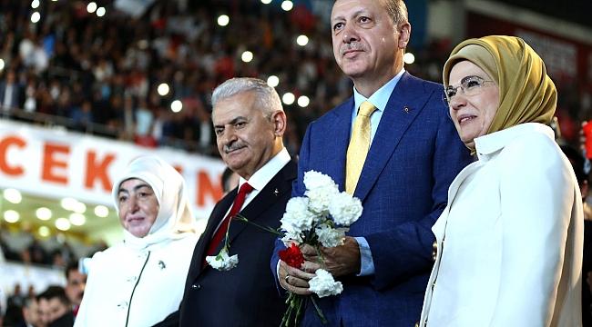 AK PARTİ KARAMAN TEŞKİLATI, CUMHURBAŞKANI ERDOĞAN'I BEKLİYOR