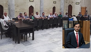KMÜ'LÜ DR. MAZHARİ DİN VE KÜLTÜR İLİŞKİSİNİ ANLATTI