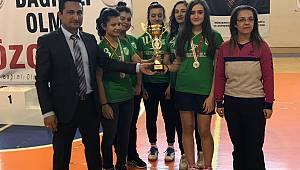 Badminton il birinciliği müsabakaları yapıldı