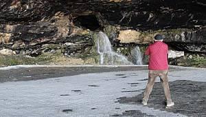 Ermenek'teki mağara ziyaretçileri büyülüyor