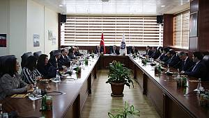 Rektör Akgül Ardahan Üniversitesini ziyaret etti