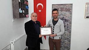 Berber Özalp'e teşekkür belgesi verildi