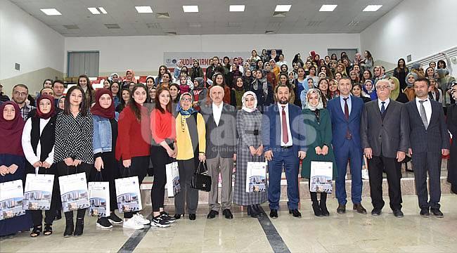 Vali Meral ve Rektör Akgül'den öğrencilere ziyaret