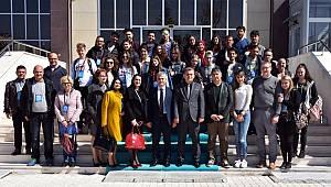 Yabancı öğrencilerden ziyaret
