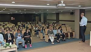 Genç sağlıkçılara EKG eğitimi