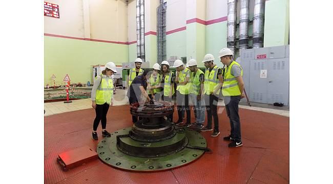 Hidroelektrik santralini incelediler