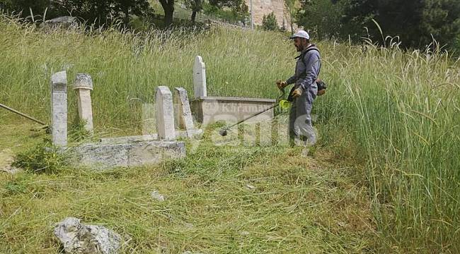 Mezarlık temizliği yapıldı