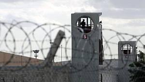 Karaman'da 5 mahkum cezaevinden firar etti
