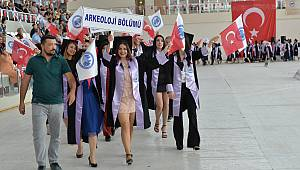 KMÜ'de mezuniyet coşkusu