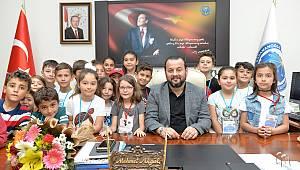 Miniklerden Rektör Akgül'e ziyaret