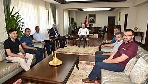 AK Parti ziyaretlerini sürdürüyor