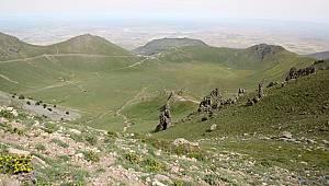 Hacıbaba ve Karadağ arasında mermer ocağı mı açılacak?