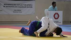 Judo şampiyonası Karaman'da başladı