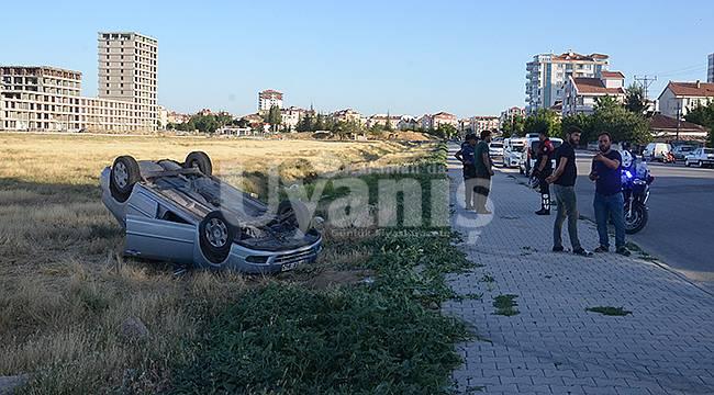 Karaman'da otomobil tarlaya devrildi
