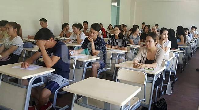 KMÜ, yabancı uyruklu öğrenci sınavını yurtdışına taşıyor
