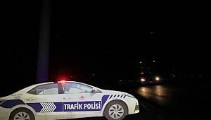 Maket polis araçlarının tepe lambalarını çaldılar