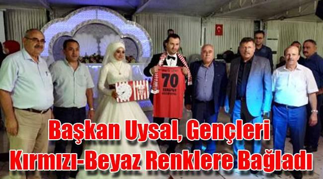 Başkan Uysal, gençleri kırmızı-beyaz renklere bağladı