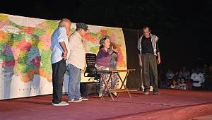 Hikaye-i Kaymakam Adli Tiyatro Oyunu Sahnelendi