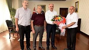 Karaman Belediyespor'dan Vali Meral'e ziyaret