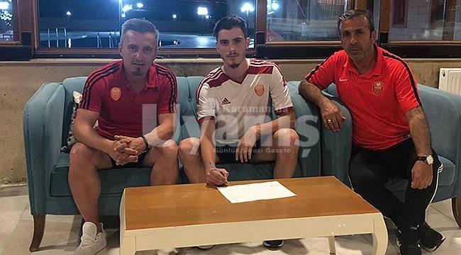 Karaman Belediyespor yedi oyuncuyu renklerine bağladı