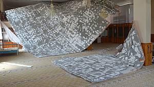 Karaman'da caminin asma tavanı çöktü