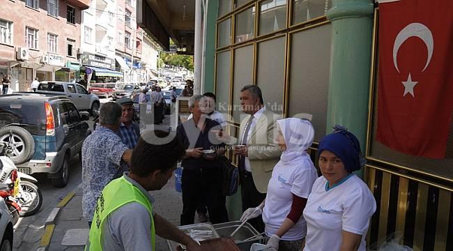 Ermenek Belediyesi'nden aşure ikramı