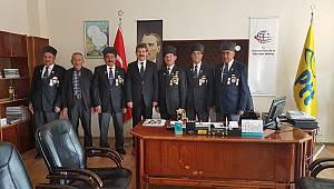 Gaziler Derneğinden PTT'ye Kutlama Ziyareti