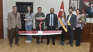 Havacılık ve Model Uçak Topluluğu Akgül'ü Ziyaret Etti