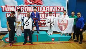 Karaman Belediyespor takımı 2. oldu