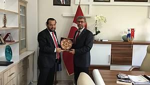 Rektör Akgül, belediyelerle işbirliğini güçlendiriyor