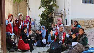 Damla Projesi Gönüllüleri Karaman'da Gönüllere Dokunacak