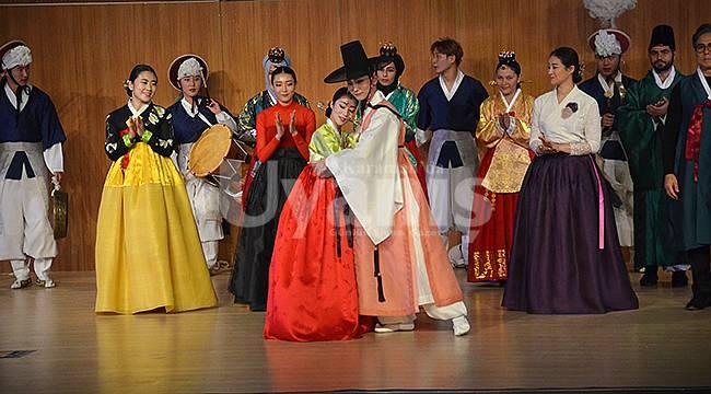 Karaman'da Kore Dans Gösterisi İlgiyle İzlendi