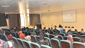 KMÜ'de 29 Ekim Konferansı