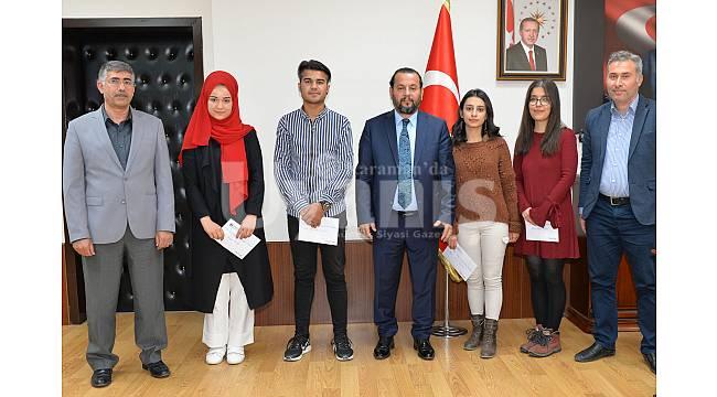 Ses yarışması finalistleri ödüllerini aldı