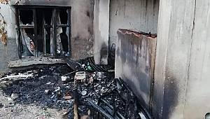 Yollarbaşı Köyünde Yangın