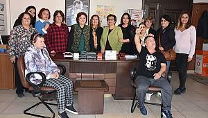 CHP Kadın Kolları Engelliler Gününü Kutladı