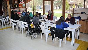 Engelli Bireyler Satranç Şenliği'nde Buluştu