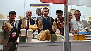 Ünver Türkiye Kooperatifler Fuarı'nda Meşhur Divle Obruk Peyniri Sattı