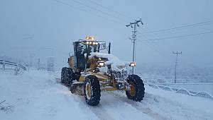 Ermenek Belediyesi karla mücadelesini sürdürüyor