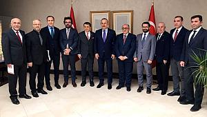 KGK heyeti Bakan Çavuşoğlu'nu ziyaret etti