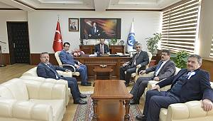 Defterdarlık Heyeti Rektör Akgül'ü Ziyaret Etti