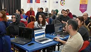 E-Twinning Çalıştayına öğretmenlerden yoğun ilgi