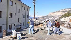 Ermenek Belediyesi korkuluk çalışmalarını sürdürüyor