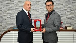 İl Müdürlüğüne Atanan Özcan'a Teşekkür