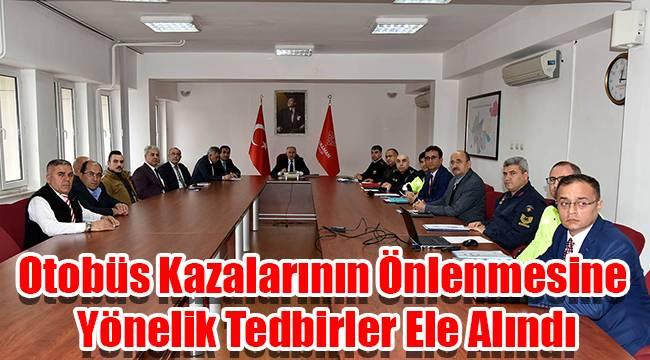 Karaman'da otobüs kazalarının önlenmesine yönelik toplantı yapıldı