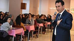 Çalışkan, Ermenek'te Öğretmen ve Öğrencilerle Buluştu