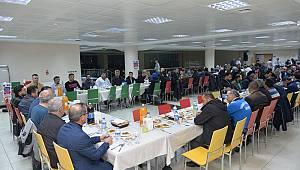 Rektör Akgül, üniversite işçileri ile yemekte buluştu