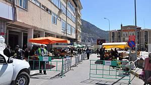 Ermenek'te semt pazarı kapatıldı