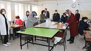 Karaman Halk Eğitimi Merkezi Maske Dikimine Başladı